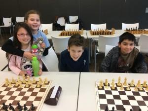 Die OSV-U12-Mannschaft (v.l.): Viola Otterpohl, Annika Labuda, Razvan Grumaz und Ege Kuzdere