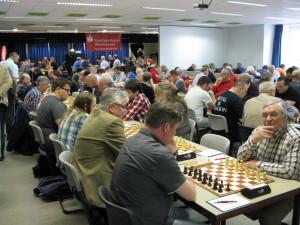 Blick in den Turniersaal zu Beginn der ersten Runde